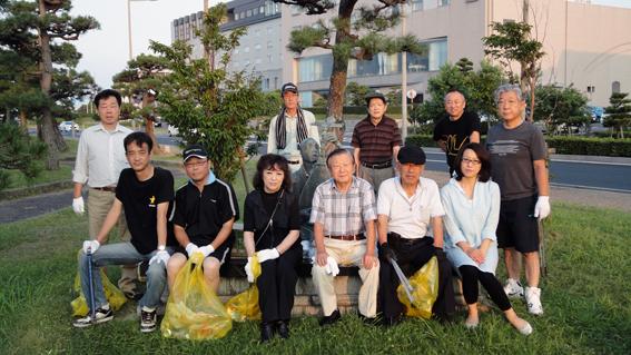 松江水郷祭翌朝清掃参加者の皆さん