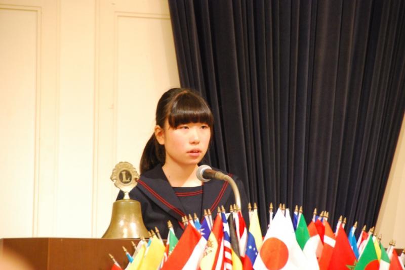 優秀賞の松江市立湖南中学校 細田沙雪さん
